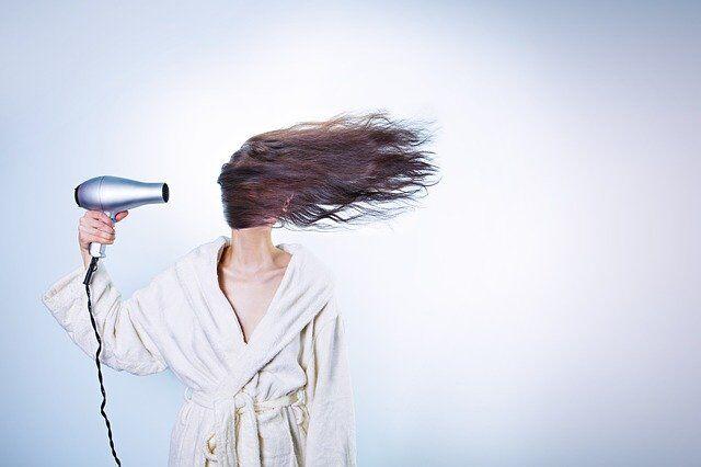 Wypadanie włosów przyczyna